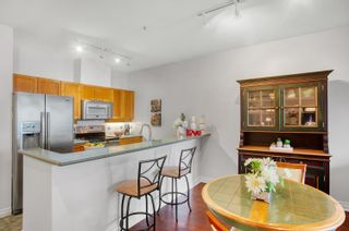 """Photo 6: 305 131 W 3RD Street in North Vancouver: Lower Lonsdale Condo for sale in """"Seascape Landing"""" : MLS®# R2610533"""