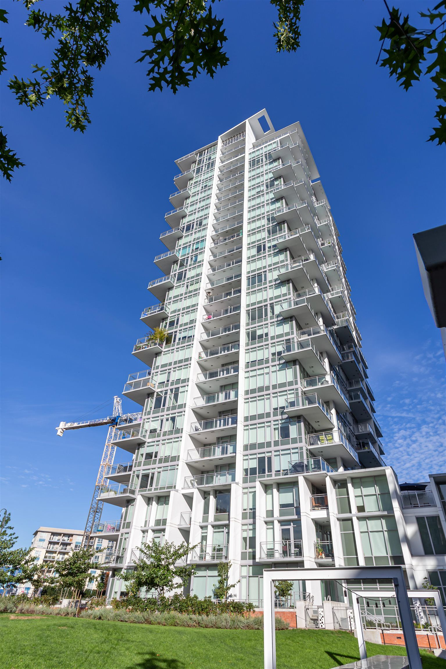 Main Photo: 1308 258 NELSON'S COURT in New Westminster: Sapperton Condo for sale : MLS®# R2620390