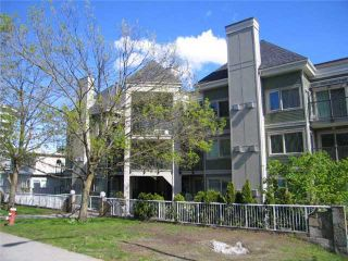 Photo 1: 408 210 CARNARVON Street in New Westminster: Downtown NW Condo for sale : MLS®# V828069
