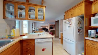 Photo 10: 6508 154 Avenue in Edmonton: Zone 03 House for sale : MLS®# E4245814