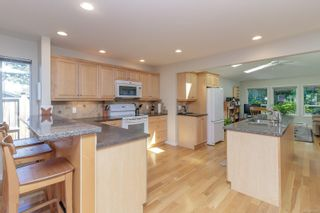 Photo 9: 6935 Shiner Pl in : CS Brentwood Bay House for sale (Central Saanich)  : MLS®# 877432