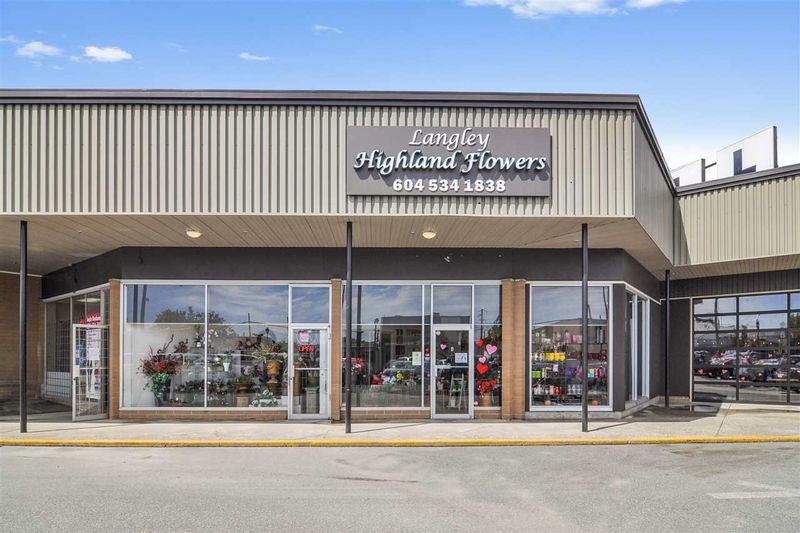 FEATURED LISTING: 4 - 20555 56 Avenue Langley