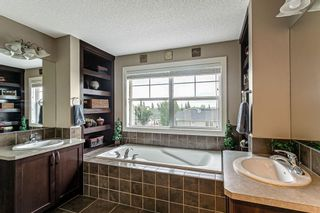 Photo 17: 30 Westfall Drive: Okotoks Detached for sale : MLS®# C4257686