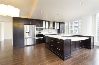 "Photo 7: 2902 1166 MELVILLE Street in Vancouver: Coal Harbour Condo for sale in ""Orca Place"" (Vancouver West)  : MLS®# R2544454"