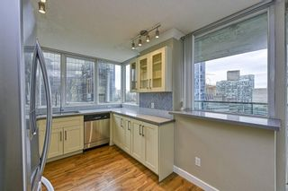 "Photo 6: 1305 588 BROUGHTON Street in Vancouver: Coal Harbour Condo for sale in ""HARBOURSIDE PARK"" (Vancouver West)  : MLS®# R2547204"