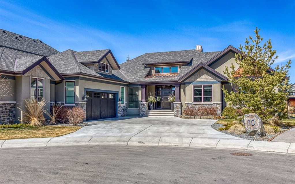 Main Photo: 10 Elveden Heights SW in Calgary: Springbank Hill Detached for sale : MLS®# A1094745