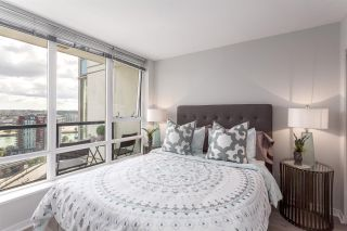 """Photo 7: 2003 939 EXPO Boulevard in Vancouver: Yaletown Condo for sale in """"THE MAX"""" (Vancouver West)  : MLS®# R2102471"""