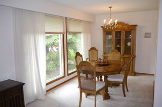 Photo 2: 5 Petersfield Place in Winnipeg: Single Family Detached for sale