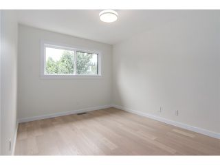 """Photo 14: 2116 E 19TH Avenue in Vancouver: Grandview VE House for sale in """"TROUT LAKE"""" (Vancouver East)  : MLS®# V1088233"""