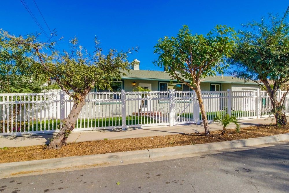 Main Photo: SAN DIEGO House for sale : 3 bedrooms : 8170 Whelan Dr