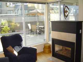 Photo 3: #214  638 West 7th Ave. in VANCOUVER: House for sale (Fairview VW)  : MLS®# V502436