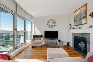 """Photo 2: 1903 1277 NELSON Street in Vancouver: West End VW Condo for sale in """"The Jetson"""" (Vancouver West)  : MLS®# R2621273"""