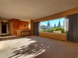 Photo 7: 1189 BRISBANE Avenue in Coquitlam: Harbour Chines House for sale : MLS®# R2522091