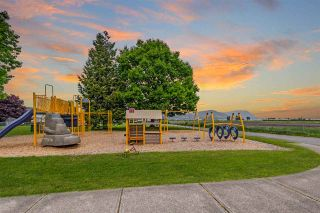 """Photo 37: 34745 3RD Avenue in Abbotsford: Poplar House for sale in """"HUNTINGDON VILLAGE"""" : MLS®# R2580704"""