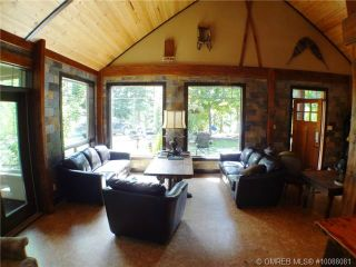 Photo 1: 11 Ladyslipper Road in Lumby: House for sale : MLS®# 10088081