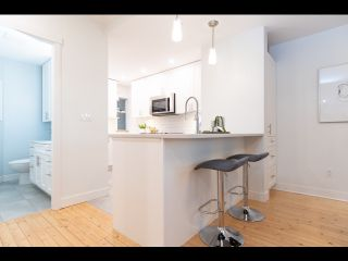 Photo 9: 36 W 14TH Avenue in Vancouver: Mount Pleasant VW Townhouse for sale (Vancouver West)  : MLS®# R2541841