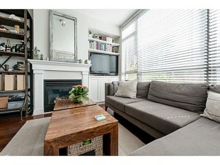 """Photo 5: 303 170 W 1ST Street in North Vancouver: Lower Lonsdale Condo for sale in """"ONE PARKLANE"""" : MLS®# V1117348"""
