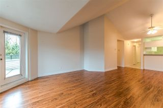 """Photo 5: 20 13640 84 Avenue in Surrey: Bear Creek Green Timbers Condo for sale in """"Trails at Bearcreek"""" : MLS®# R2258365"""
