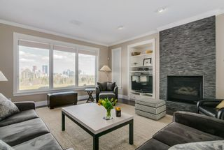 Photo 3: 313 33 Avenue SW in Calgary: Parkhill Detached for sale : MLS®# A1046049