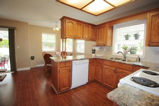 """Photo 6: 4606 221A Street in Langley: Murrayville House for sale in """"Murrayville"""" : MLS®# R2179708"""