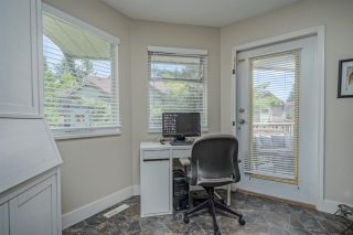 "Photo 10: 306 13900 HYLAND Road in Surrey: East Newton Townhouse for sale in ""Hyland Grove"" : MLS®# R2485368"