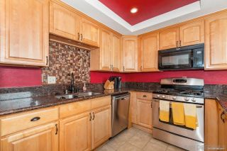 Photo 9: SPRING VALLEY House for sale : 3 bedrooms : 1015 Maria Avenue