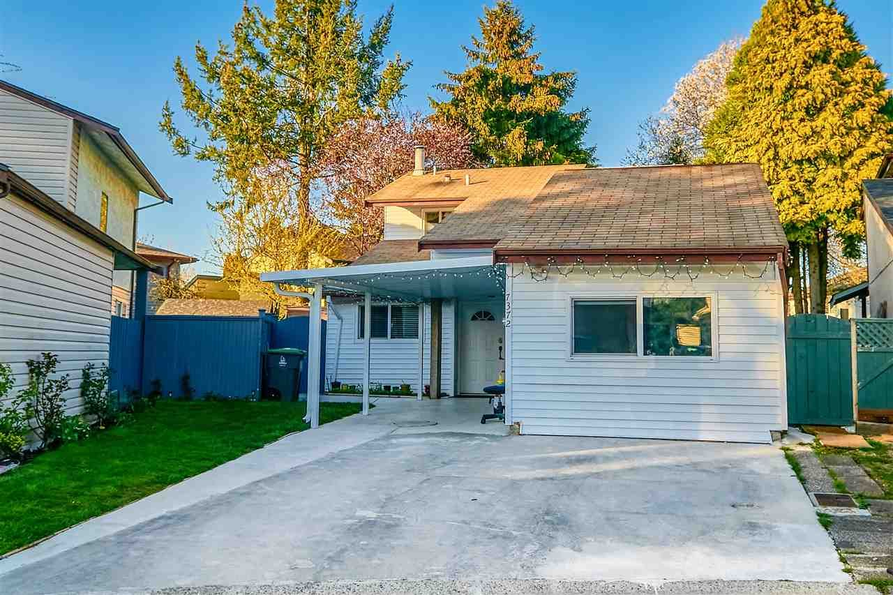 Main Photo: 7372 128A Street in Surrey: West Newton House for sale : MLS®# R2567653