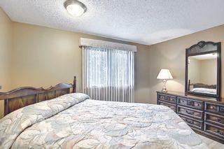 Photo 12: 3203 Oakwood Drive SW in Calgary: Oakridge Detached for sale : MLS®# A1109822