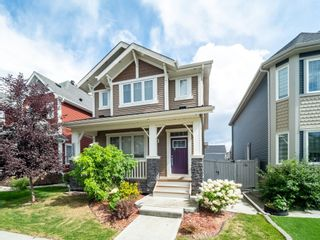 Photo 2: 5215 ADMIRAL WALTER HOSE Street in Edmonton: Zone 27 House for sale : MLS®# E4260055