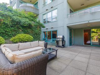 """Photo 18: 302 1438 W 7TH Avenue in Vancouver: Fairview VW Condo for sale in """"DIAMOND ROBINSON"""" (Vancouver West)  : MLS®# R2602805"""