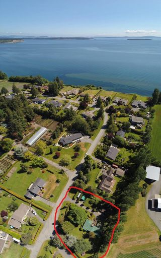 Photo 3: 6651 WELCH Rd in : CS Island View House for sale (Central Saanich)  : MLS®# 885560