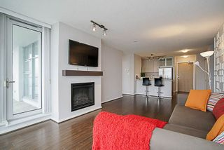 "Photo 8: 1001 2289 YUKON Crescent in Burnaby: Brentwood Park Condo for sale in ""WATERCOLOURS"" (Burnaby North)  : MLS®# R2228233"