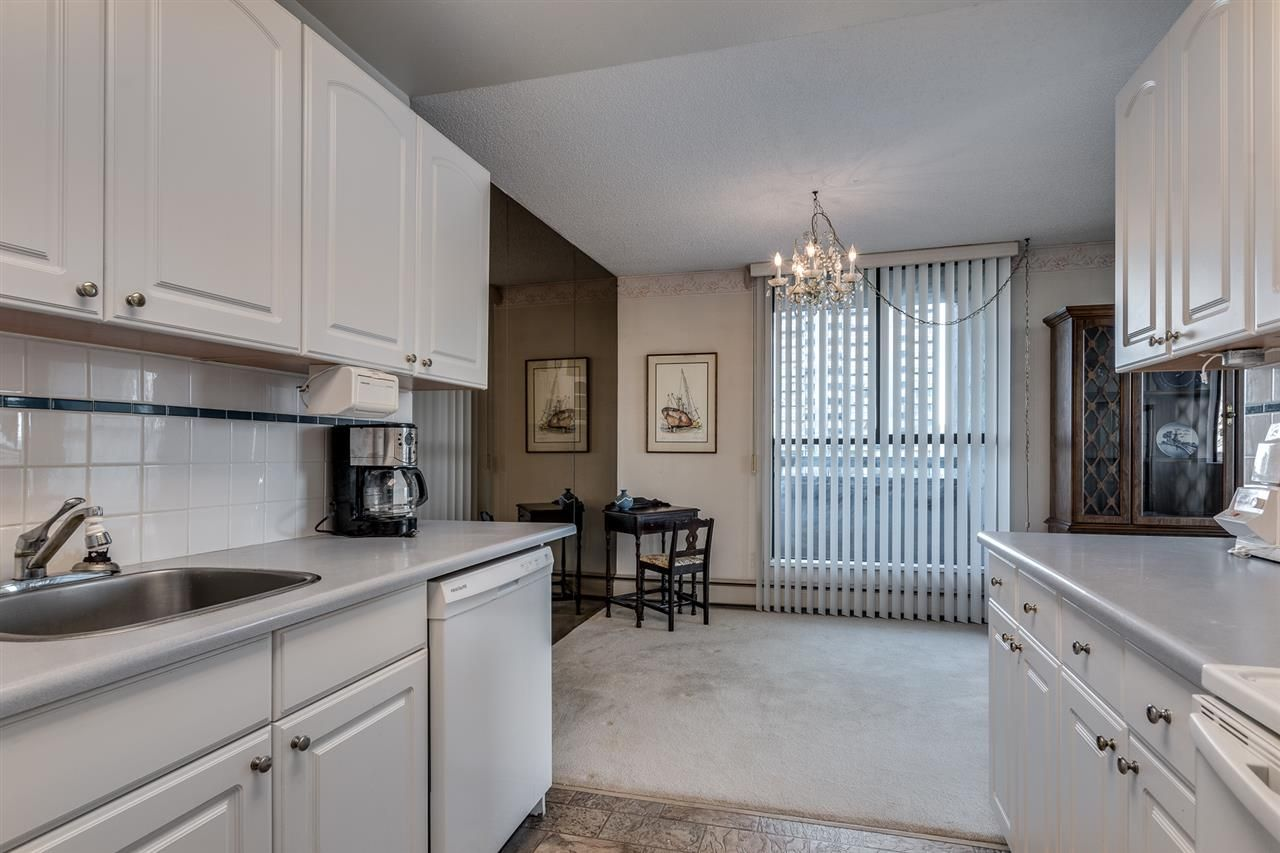 """Photo 11: Photos: 1004 3737 BARTLETT Court in Burnaby: Sullivan Heights Condo for sale in """"MAPLES AT TIMBERLEA"""" (Burnaby North)  : MLS®# R2522473"""