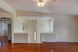 Photo 5: 110 MILLBANK Hill(S) SW in Calgary: Millrise House for sale : MLS®# C4125584