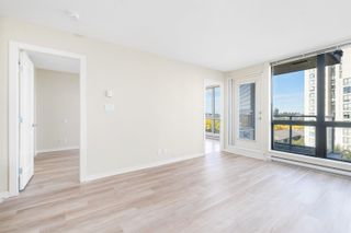 """Photo 3: 908 3663 CROWLEY Drive in Vancouver: Collingwood VE Condo for sale in """"LATITUDE"""" (Vancouver East)  : MLS®# R2625175"""