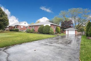 Photo 2: 67 S Elizabeth Crescent in Whitby: Blue Grass Meadows House (Bungalow) for sale : MLS®# E4609796