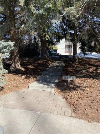 Photo 2: 1126 Premier Way SW in Calgary: Upper Mount Royal Detached for sale : MLS®# A1079676