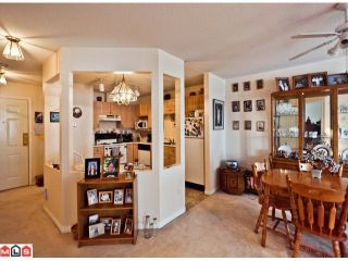 "Photo 4: 509 12101 80 Avenue in Surrey: Queen Mary Park Surrey Condo for sale in ""SURREY TOWN MANOR"" : MLS®# F1109543"