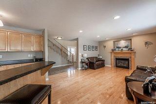 Photo 6: 122 Maguire Court in Saskatoon: Willowgrove Residential for sale : MLS®# SK866682