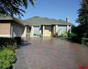 FEATURED LISTING: 3456 Canterbury Drive South surrey white rock