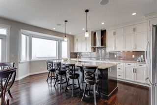 Photo 5: 11 Springbluff Point SW in Calgary: Springbank Hill Detached for sale : MLS®# A1127587