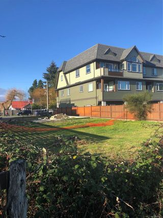 Photo 1: 154 Weld St in : PQ Parksville Mixed Use for sale (Parksville/Qualicum)  : MLS®# 863873