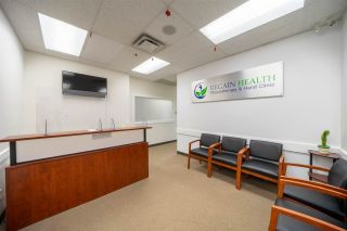 Photo 1: 204 22314 FRASER Highway: Office for lease in Langley: MLS®# C8037458