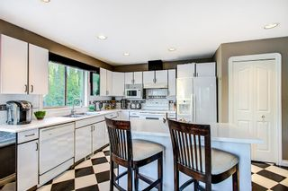 Photo 5: 19065 Doerksen Drive in Pitt Meadows: Central Meadows House for sale : MLS®# R2288883