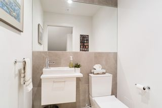 """Photo 10: 21 1133 RIDGEWOOD Drive in North Vancouver: Edgemont Townhouse for sale in """"Edgemont Walk"""" : MLS®# R2485146"""