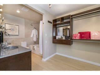 """Photo 13: 1 15875 MARINE Drive: White Rock Townhouse for sale in """"Southport"""" (South Surrey White Rock)  : MLS®# R2170589"""