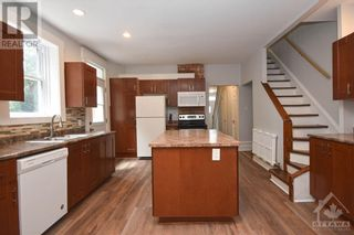 Photo 10: 99 CONCORD STREET N in Ottawa: House for sale : MLS®# 1266152