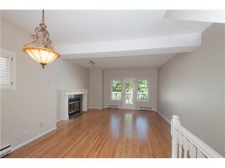 Photo 2: 2587 W 6TH Avenue in Vancouver: Kitsilano Townhouse for sale (Vancouver West)  : MLS®# V1126140