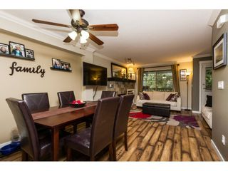"""Photo 4: 30 19250 65 Avenue in Surrey: Clayton Townhouse for sale in """"Sunberry Court"""" (Cloverdale)  : MLS®# R2106869"""
