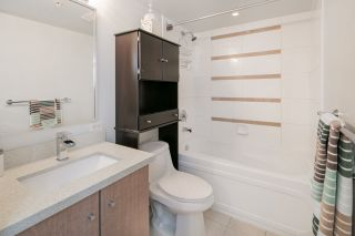 """Photo 17: 2604 977 MAINLAND Street in Vancouver: Yaletown Condo for sale in """"YALETOWN PARK III"""" (Vancouver West)  : MLS®# R2122379"""